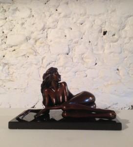 stolen-statue
