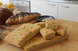 henley-bakes-breads