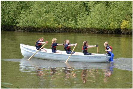 sea-cadets-rowing