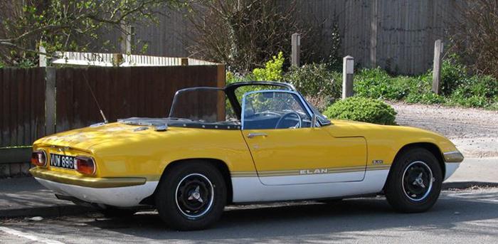 Lotus elan stolen from garage henley herald for Garage lotus