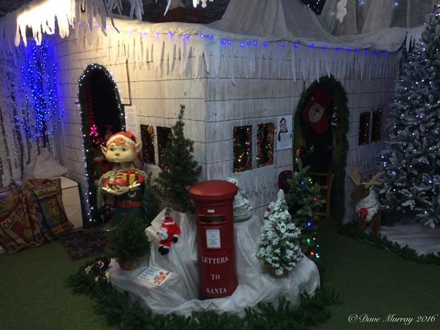 Toad Hall Henley Lion Santa's Grotto