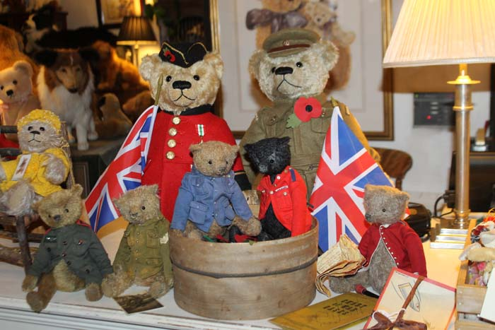 Asquiths Teddy Bear Shop, Remembrance Display