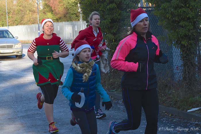 Henley Santa Fun Run